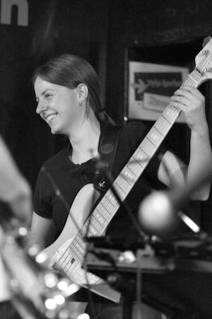 Musik Bader Musiklehrerin Brigitte Kohler